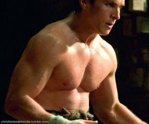 <strong>Treino e dieta Christian Bale Batman</strong>